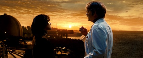 "(L-r) HALLE BERRY as Luisa Rey and TOM HANKS as Isaac Sachs in the epic drama ""CLOUD ATLAS,"" distributed domestically by Warner Bros. Pictures and in select international territories."