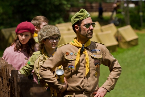 (l to r.) Kara Hayward as Suzy, Jared Gilman as Sam, and Jason Schwartzman as Cousin Ben in Wes Anderson's MOONRISE KINGDOM, a Focus Features release.