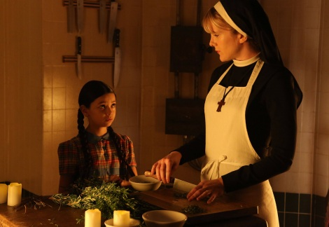 Nikki Hahn as Jenny Reynolds and Lily Rabe as Sister Mary Eunice in FX's American Horror Story: Asylum.